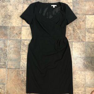 The perfect LBD! Banana Republic black dress sz 4